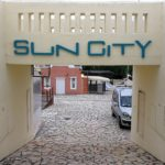 Sun City plasztikus